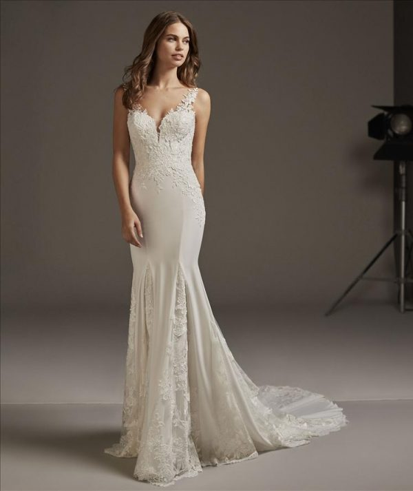 ANDROMEDA wedding gown